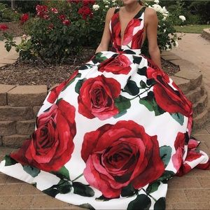 Sherri Hill red roses prom dress
